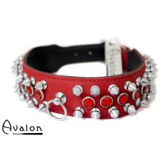 Avalon - GUINEVERE - Collar med Nagler og Røde Stener - Rødt